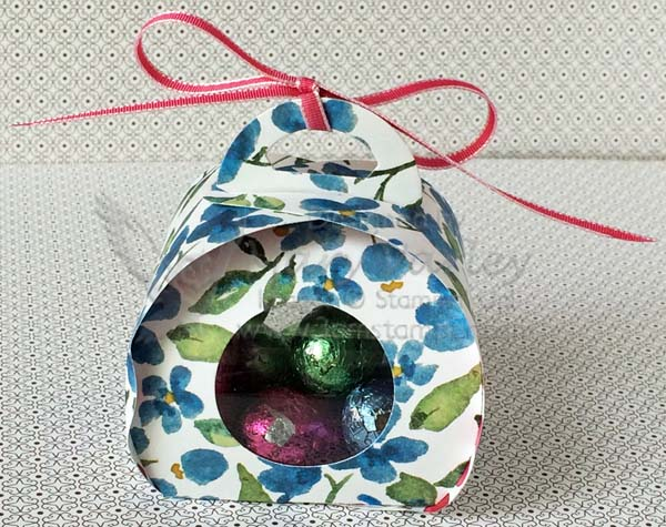Spring/Easter Curvy Keepsake Treat Box-Vsit http://www.3amstamper.com